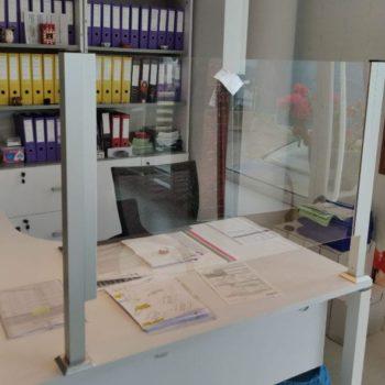 Comprar Mamparas De Proteccion Para Oficinas Tiendas Comercio Santander Maliano (1) maliano santander torrelavega cantabria